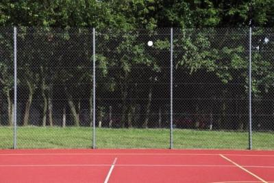 Bollplaner, tennisbanestängsel