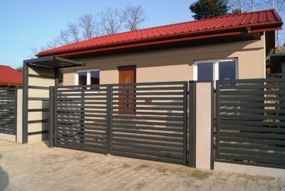 Modernt staketstolpe